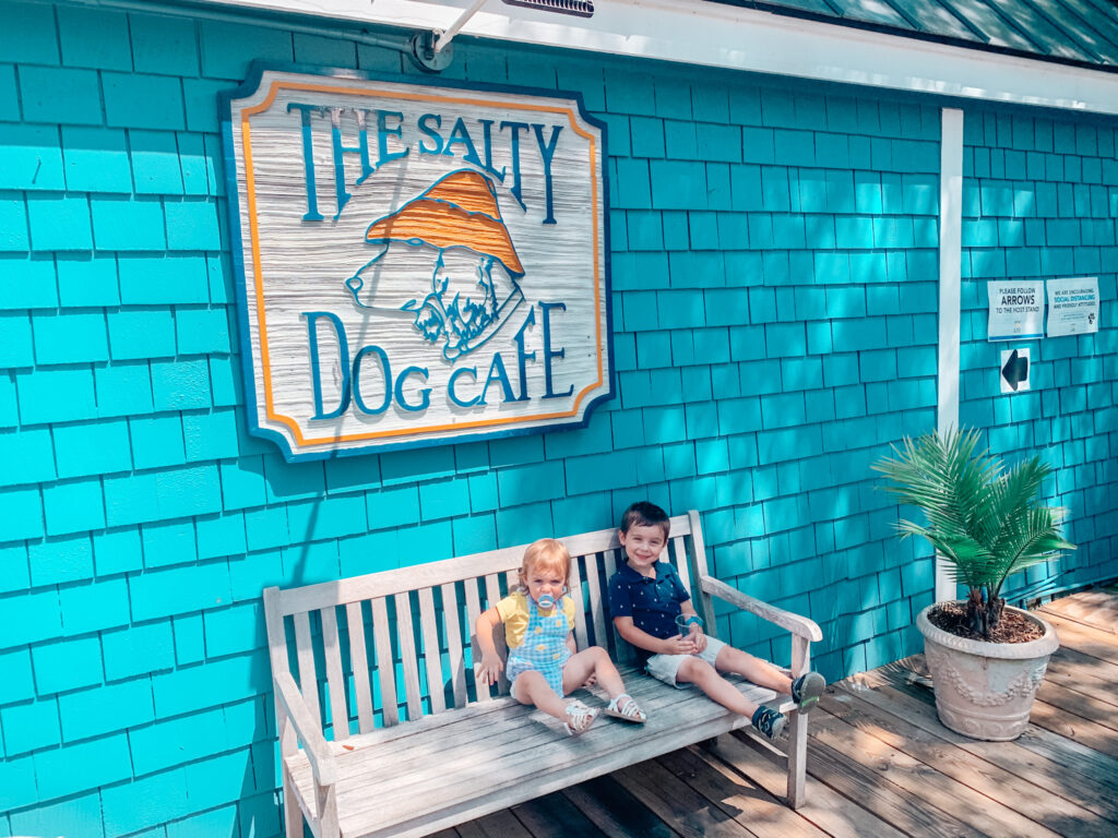 kids in front of salty dog cafe