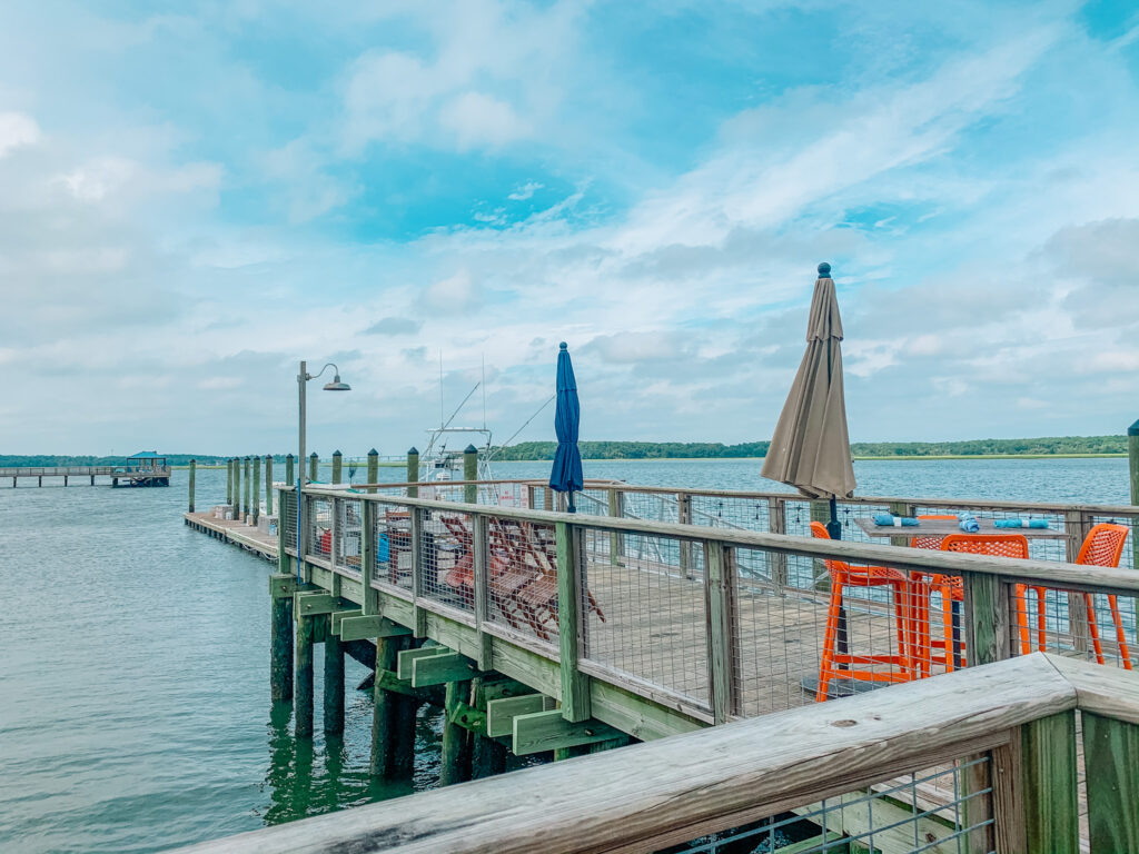 hilton head hudson's seafood dock view