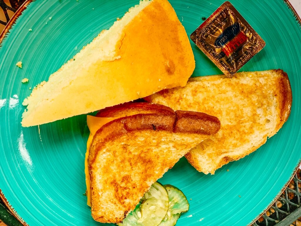 lowcountry grilled cheese cornbread